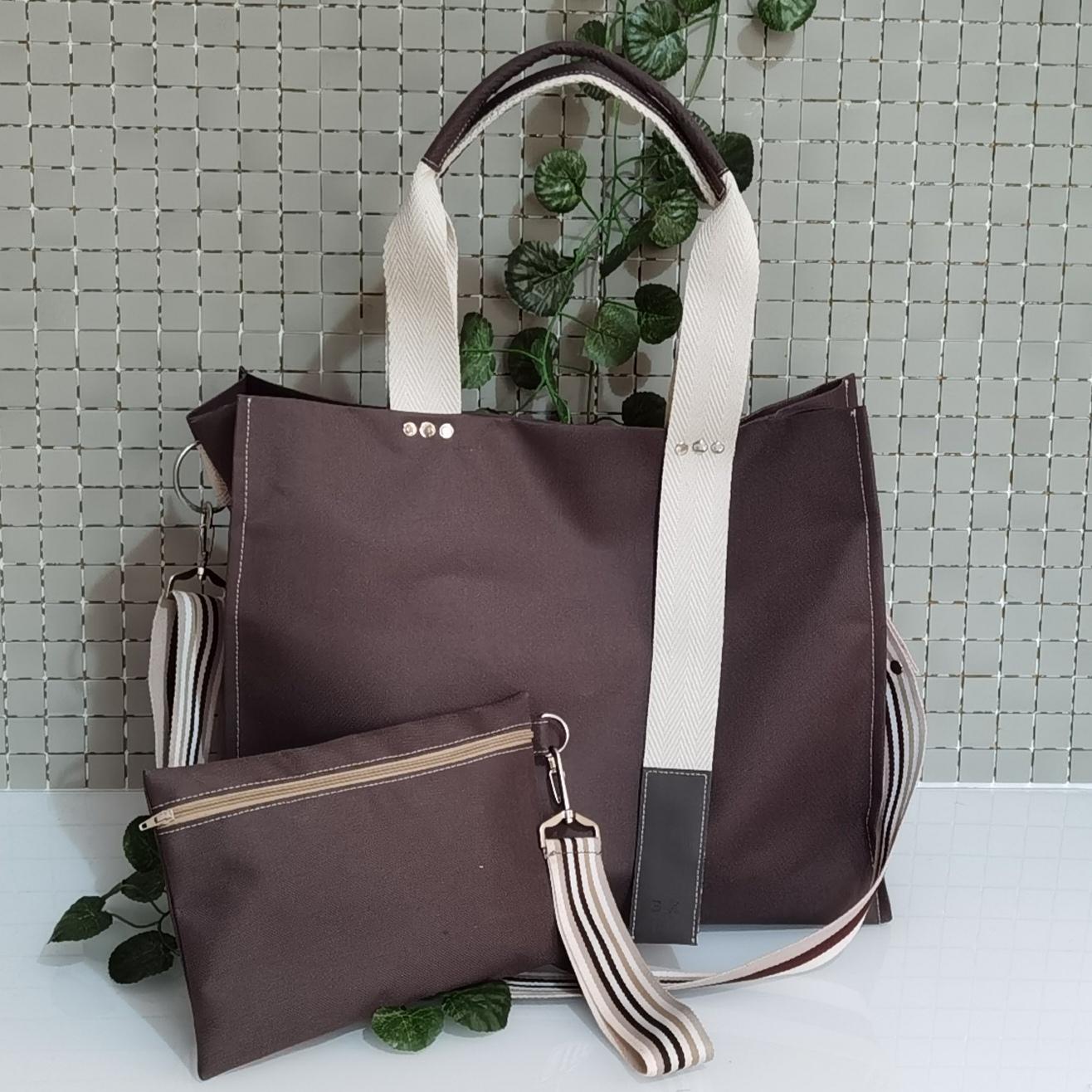 Bolso de mensajero grande impermeable marrón de mujer, bolsa de viaje para lluvia.